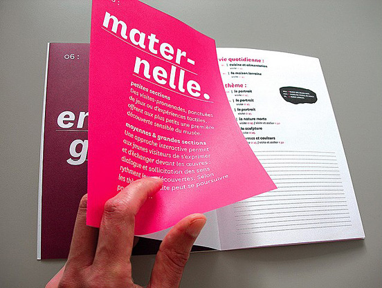 Desain Brosur Cantik dan Profesional untuk Promosi - Brosur-Desain-Cantik-dan-Profesional-11 Editorial Design