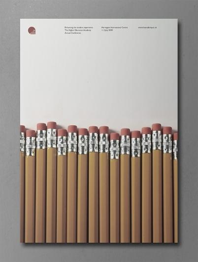 Contoh Poster dengan Desain Modern dan Elegan 07