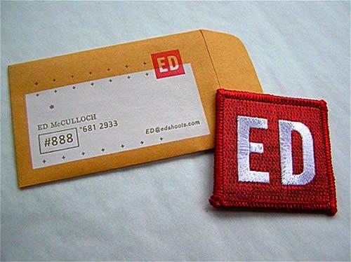 Contoh Desain Kartu Nama yang Unik - ED-business-card-inred-and-paper-bag