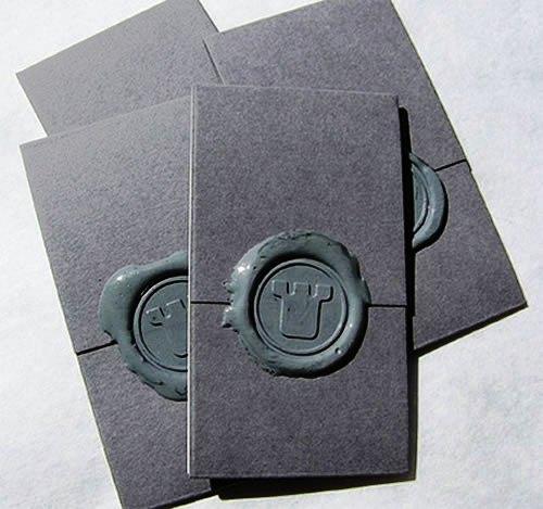 Contoh Desain Kartu Nama yang Unik - ceramic-like-business-card