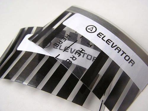 Contoh Desain Kartu Nama yang Unik - elevator-business-card