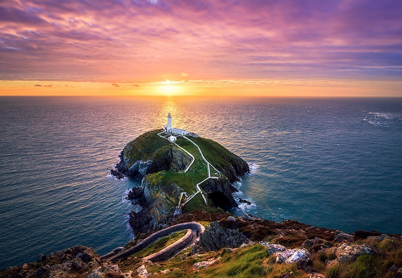 Mercusuar Terindah di Dunia - Sunset at the South Stack near Holyhead, Anglesey, Wales