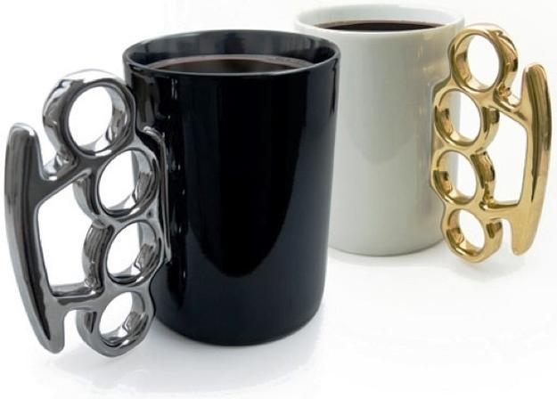 25 Mug Desain Keren untuk Para Maniak - Mug Desain Keren - Dengan handel berlubang