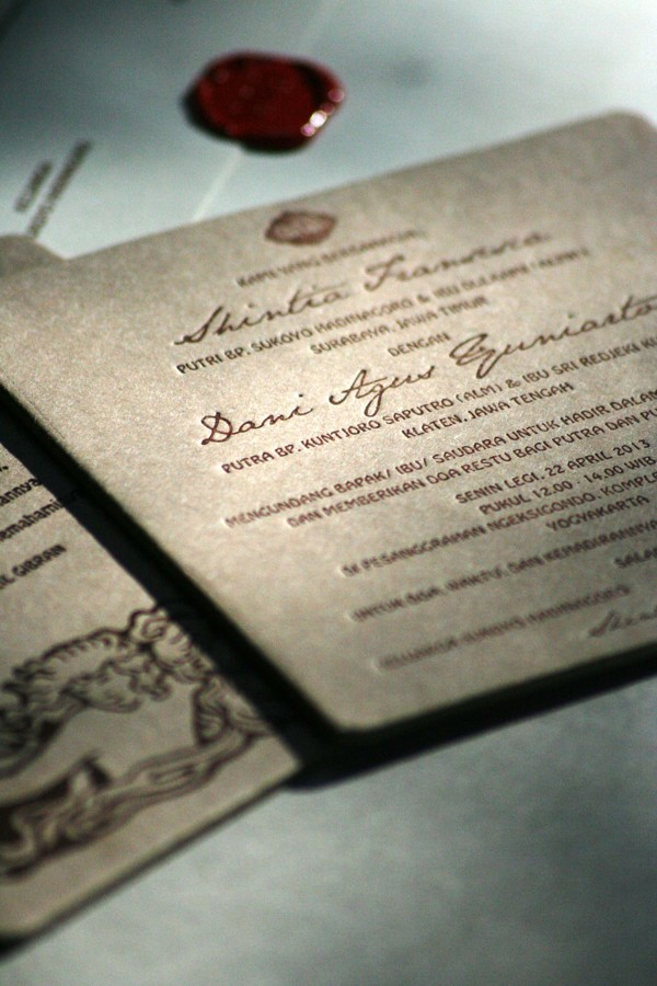 Konsep-Undangan-Pernikahan-Indonesia-Letterpress-Wedding-Invitation