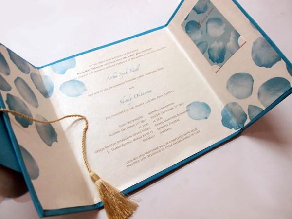Konsep-Undangan-Pernikahan-Indonesia-Paper-Sculpting-Wedding-Invitation